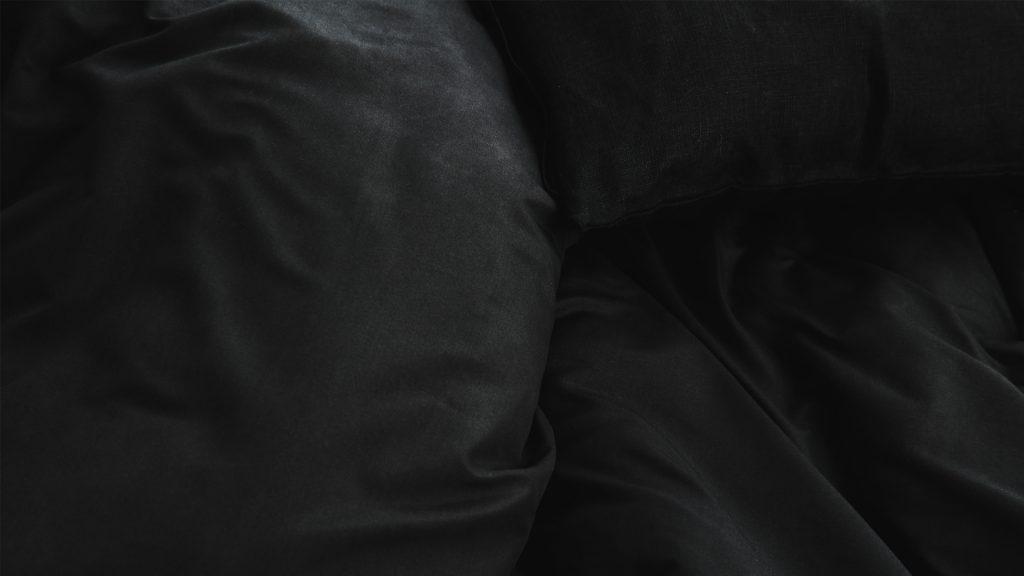 Lotusattitude - black