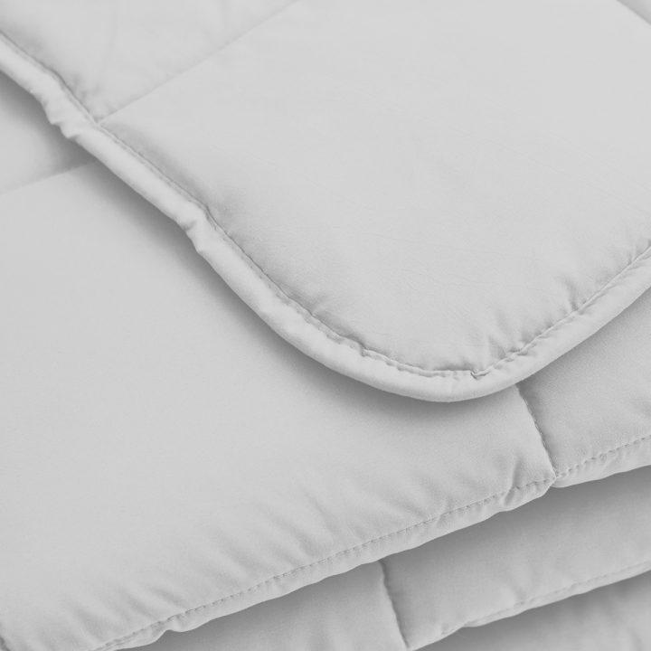 COMFORTER-2-white